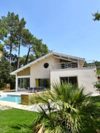 villa for sale hossegor seignosse golf surf beach quiet